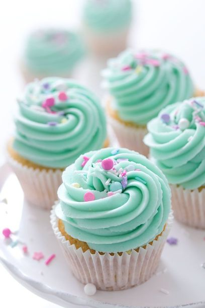 vanilla-cupcake-clipart-mini-cupcake-2